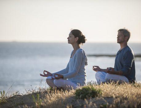 保護中: ヨグマタの瞑想8年目インタビュー:ヨグマタジの瞑想体験とは?